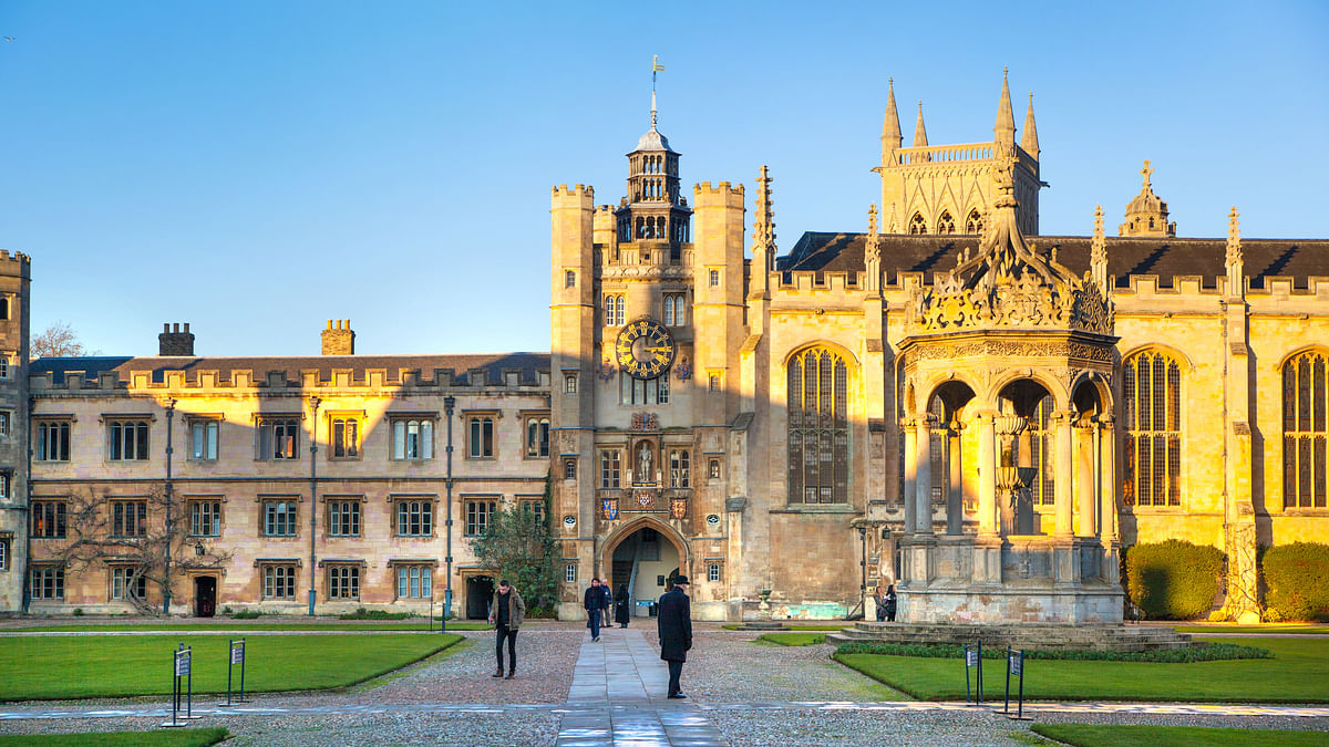 No Mass Lectures: Cambridge Moves Online for Next Academic Year