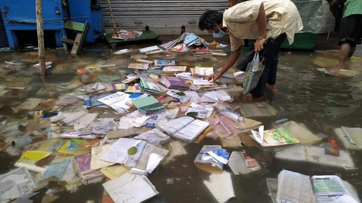 Heavy Loss, Damaged Books: Kolkata's College St Vendors on Amphan