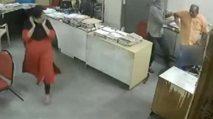 Andhra Woman Assaulted By Colleague for 'Asking Him to Wear Mask'
