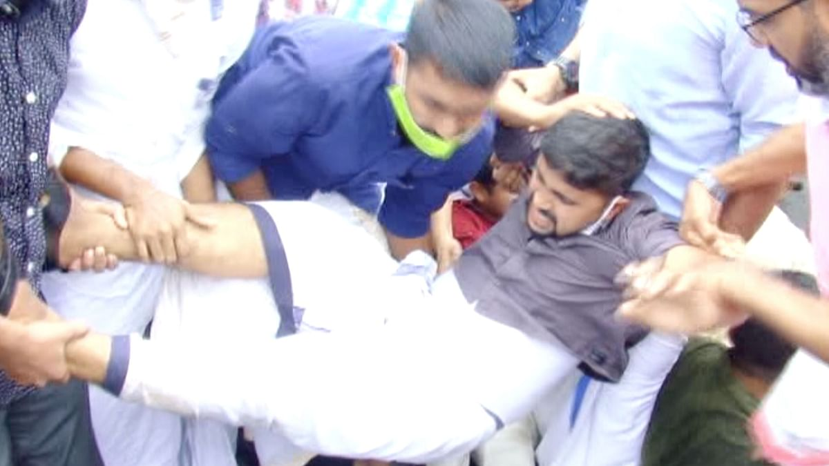 Police had resorted to lathi charge, when the protesters wanted to lay siege to the Collectorate.