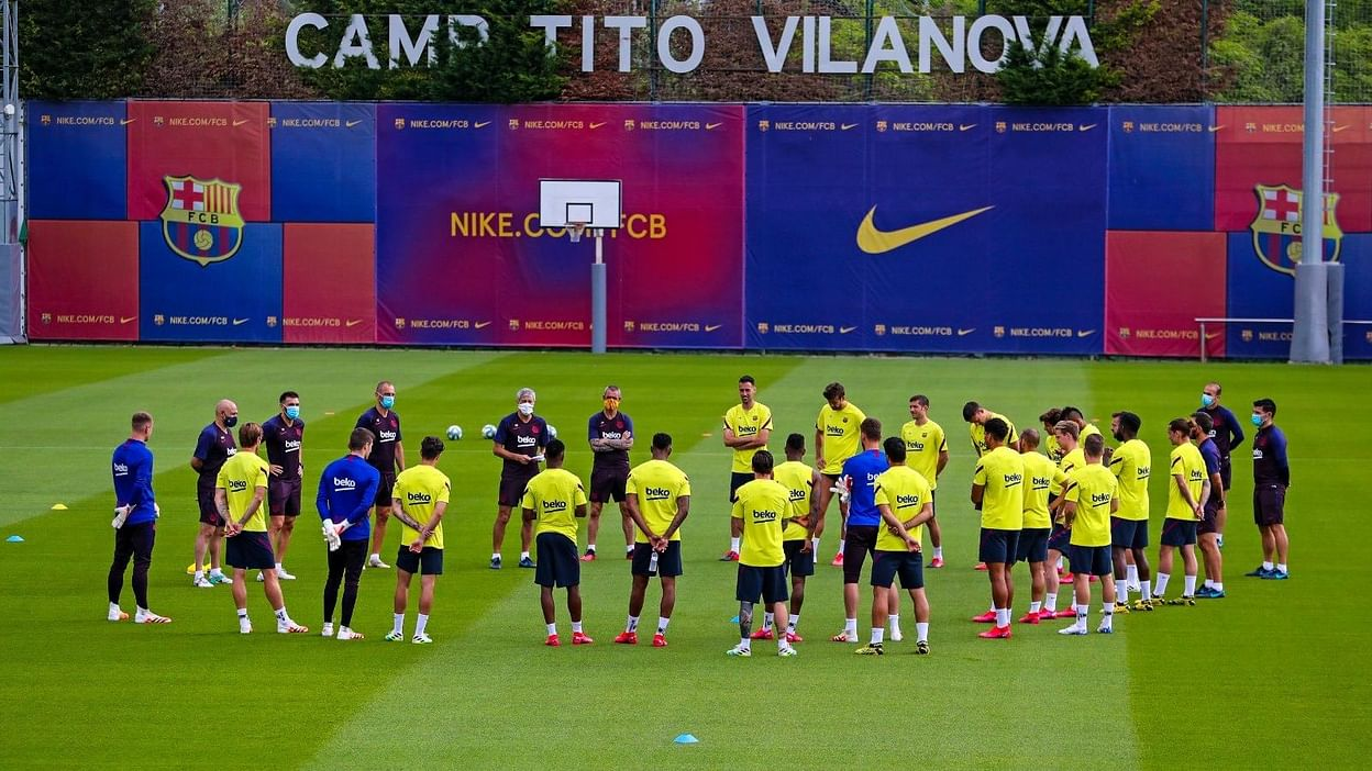 5 barcelona players 2 coaches tested covid 19 positive report 5 barcelona players 2 coaches tested