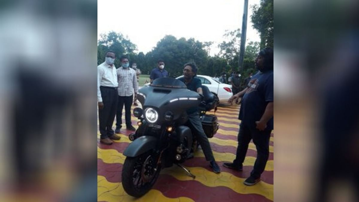 Rider of Justice: Twitter Reacts To CJI Bobde on Harley Bike