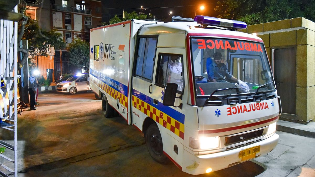 Chasing Hospitals for 13 Hrs, Pregnant UP Woman Dies in Ambulance