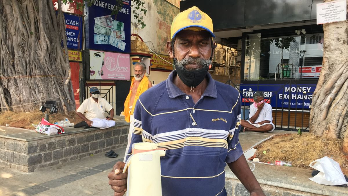 Many workers have now switched to selling tea in flasks or on their cycles to those who come to these abandoned roads for walking later in the evening.