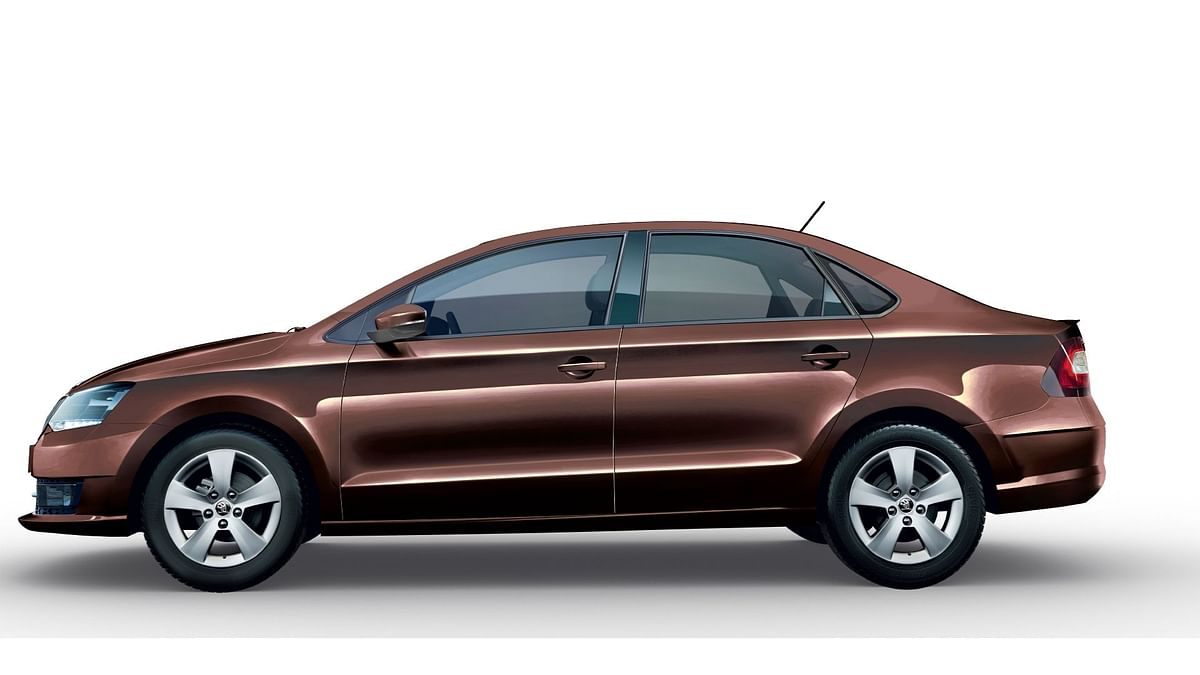 It's hard to take your eyes off the new ŠKODA RAPID 1.0 TSI.