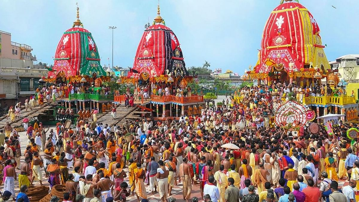 Puri Rath Yatra Commences, But Was Social Distancing Followed?
