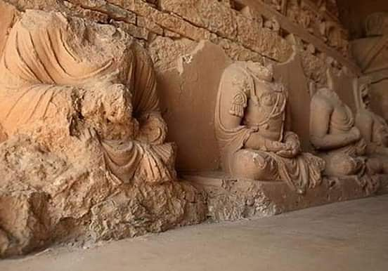 Unrelated Images Used to Claim Buddha Statues Found in Ayodhya