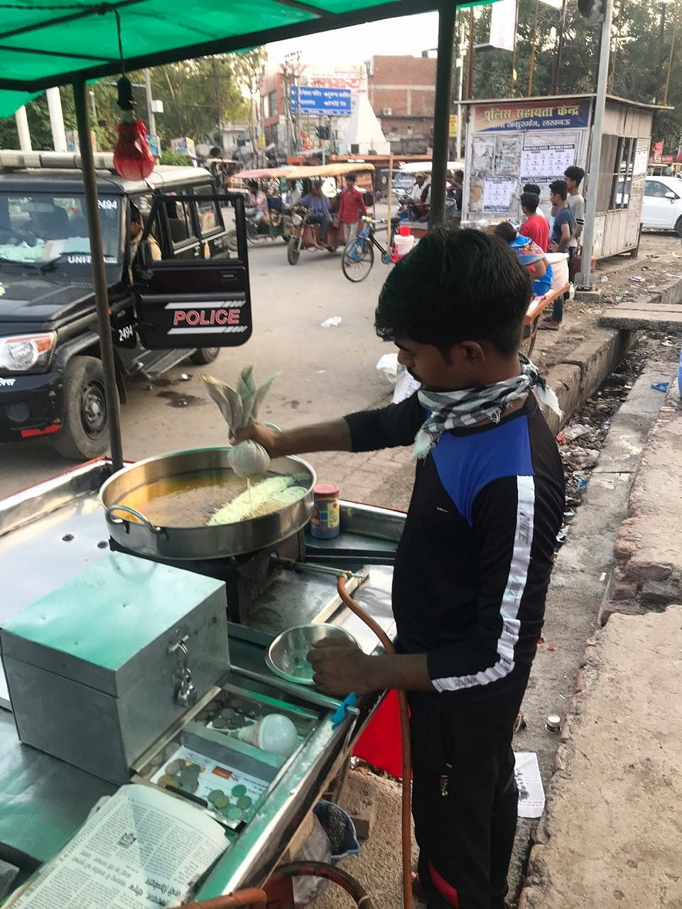 Kamlesh sells sweets on the streets.