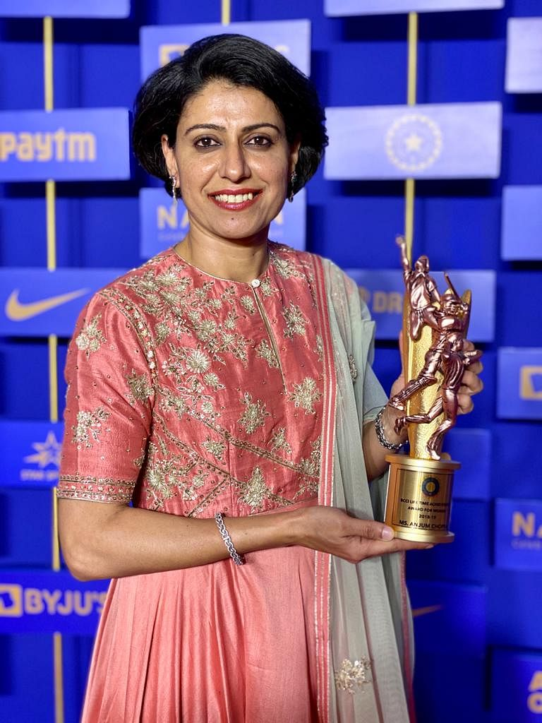 Anjum Chopra with BCCI's Lifetime Achievement Award.