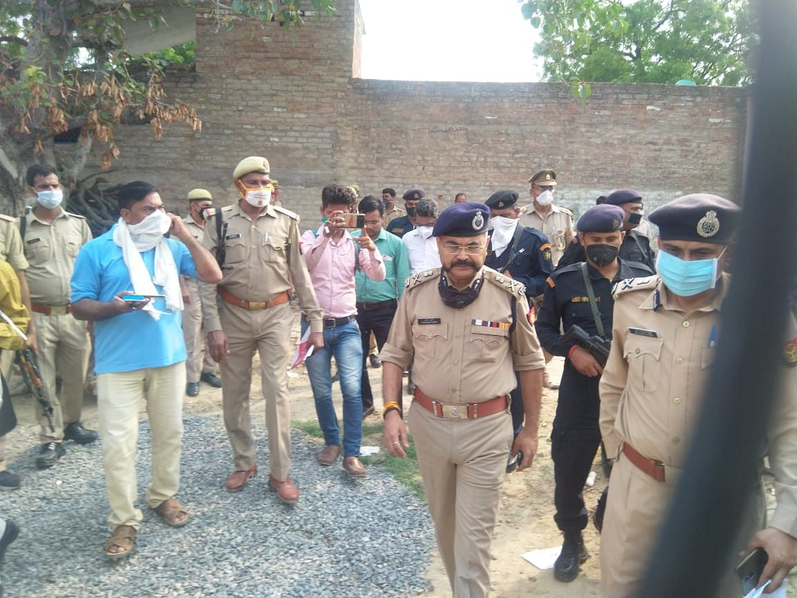 Eight UP Cops Shot Dead While Trying to Arrest Criminal in Kanpur