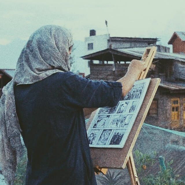 Khtytul started making art about the conflict during 2016's six months of curfew after the killing of Burhan Wani.