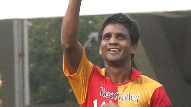 24-hours after joining the Bharatiya Janata Party (BJP), former India footballer Mehtab Hossain on Wednesday snapped his newly-built ties