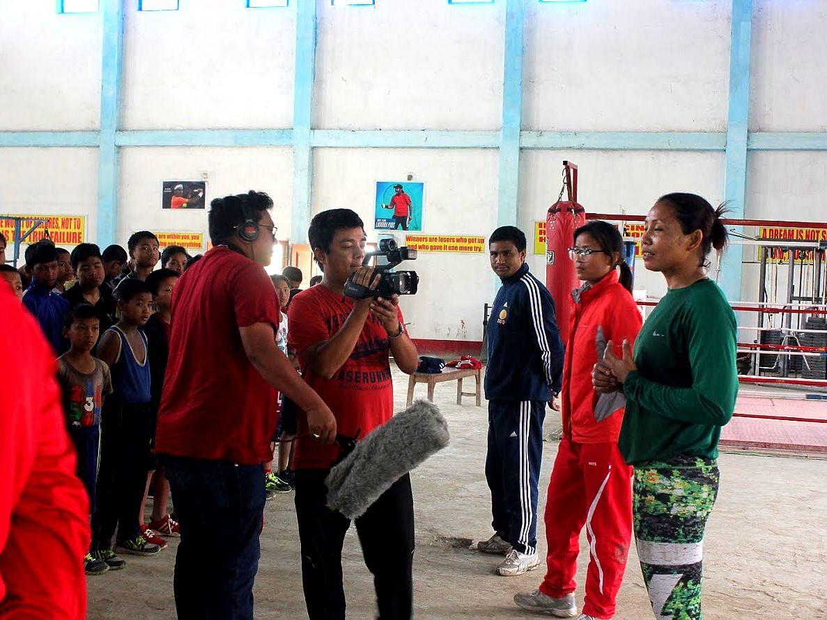 Borun Thokchom shooting with Sarita.