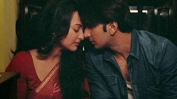 Ranveer Singh and Sonakshi Sinha in a still from Lootera.