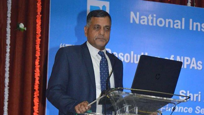 Election Commissioner Ashok Lavasa Resigns, To Join ADB As V-P