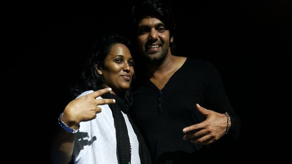 Assistant choreographer Viji with actor Arya on the film set of <i>Meaghamann</i>.