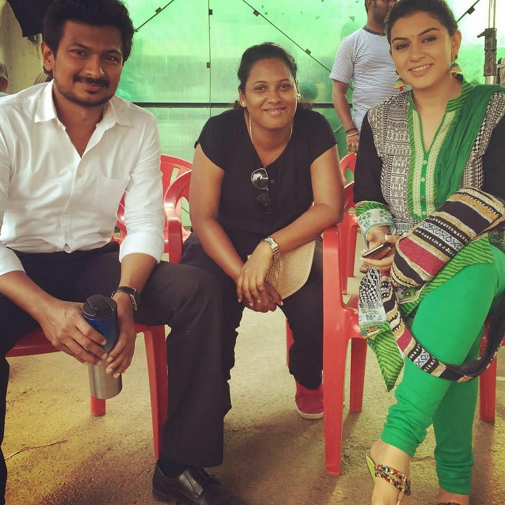 Choreographer Viji with actor Udhayanidhi Stalin and Hansika on the <i>Manithan </i>film set.
