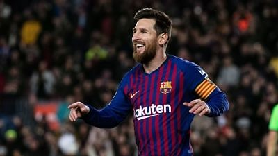 Messi Feels Lack of Support at Barcelona, Says Dani Alves