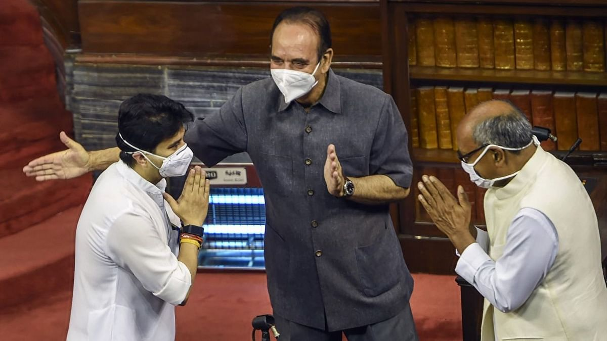 Newly sworn in BJP Member of Parliament Jyotiraditya Scindia crossed paths with former colleague and Congress leader Digvijaya Singh at the oath-take ceremony in Rajya Sabha on Wednesday, 22 July.