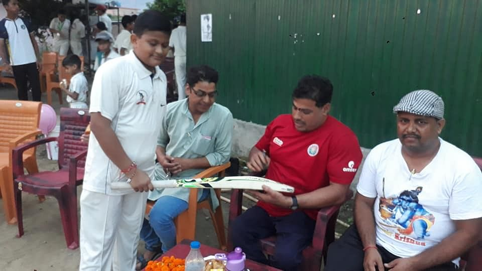 Ex-Indian Wheelchair Cricket Captain Resorts to Manual Labour
