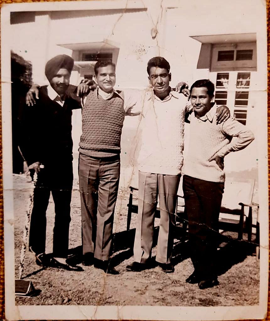 Retired Major Onkar Nath Dubey chilling with fellow officers.