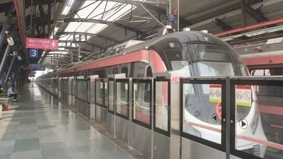 Delhi Metro Launches New Contactless Card for Travel During COVID