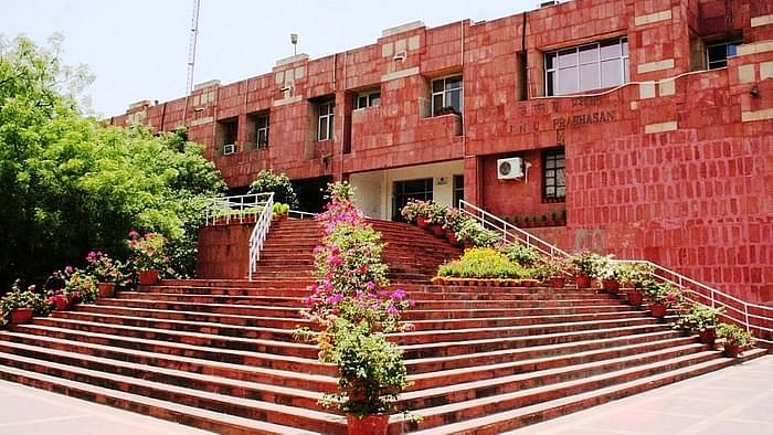 JNU To Reopen Doors for Final-Year PhD Students From 2 November