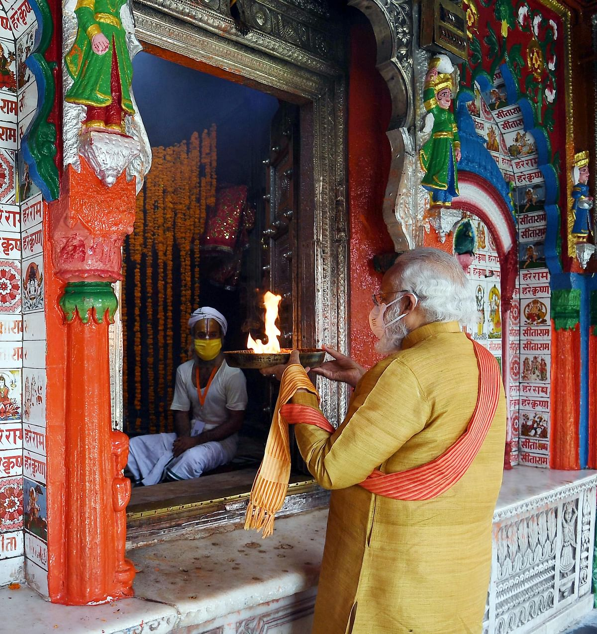 PM Modi at the Hanumangarhi, before the Ram Mandir event.