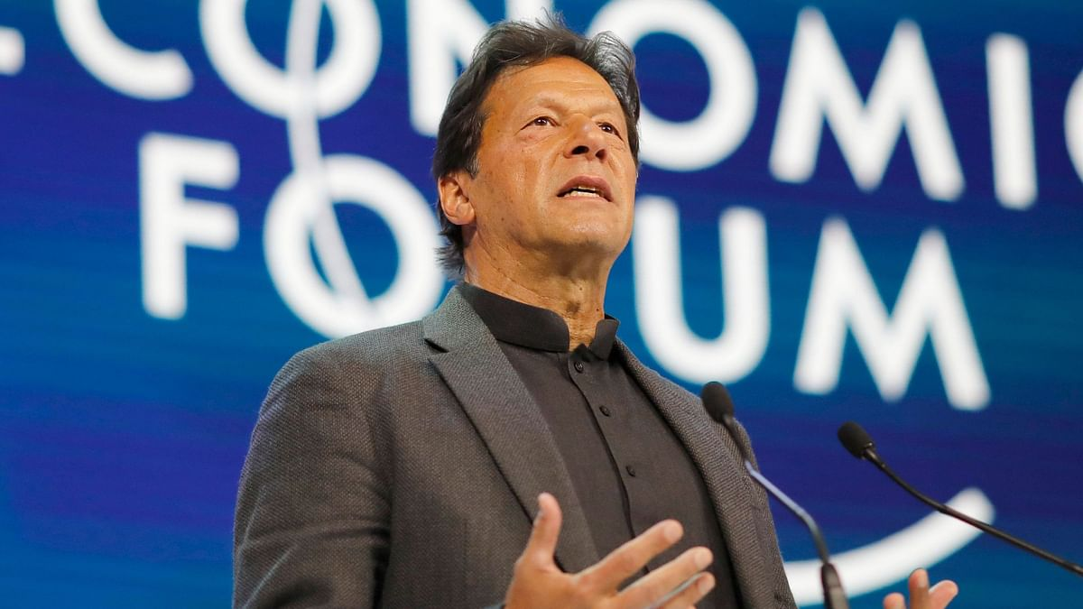 Javed Miandad has lashed out at Imran Khan, saying he has ruined cricket in the country.