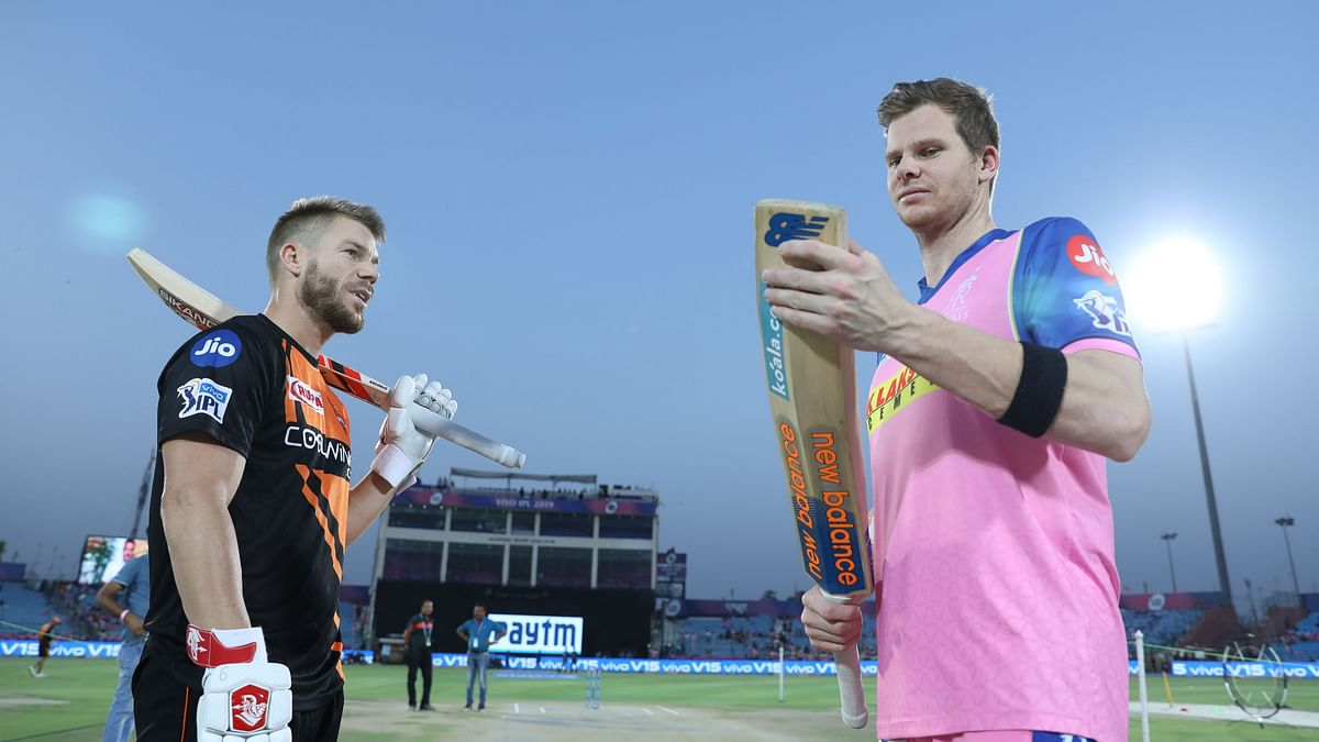 Which of the overseas players will join their IPL teams late?