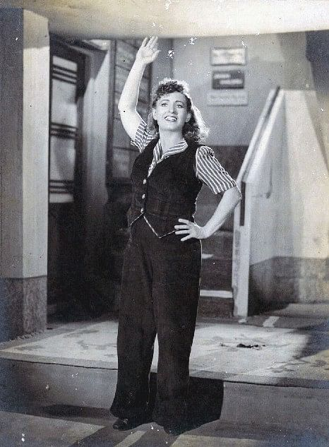 Fearless Nadia in the Indian movie 11 O'Clock (1948). Basant Pictures.