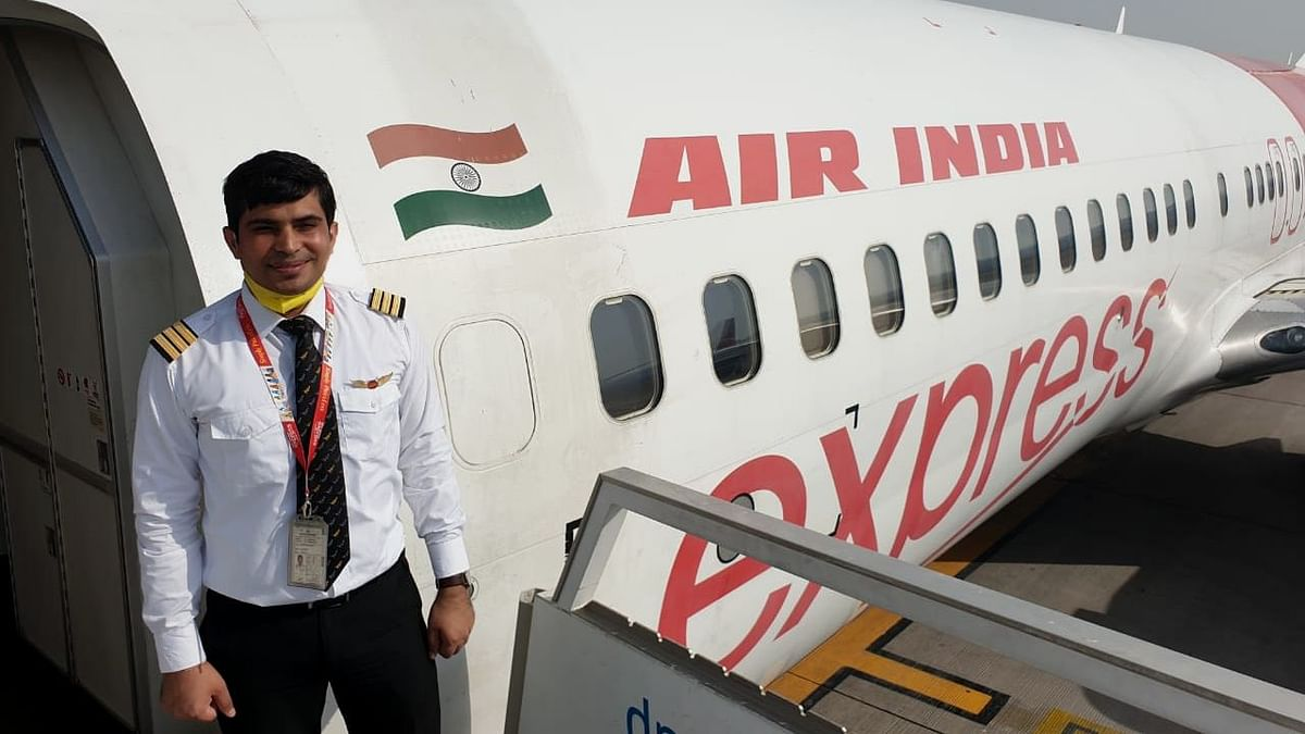 Akhilesh was part of an Air India Express plane crew which was the first repatriation flight under the Vande Bharat Mission to land in Kozhikode.