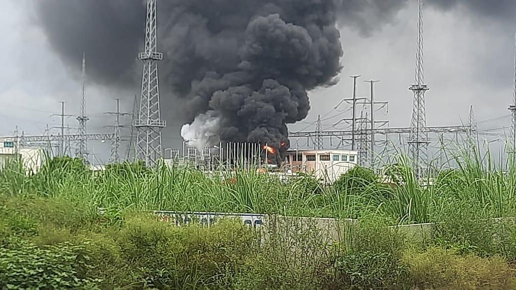 Massive  Fire at Noida Power Substation, Blackouts at Some Places