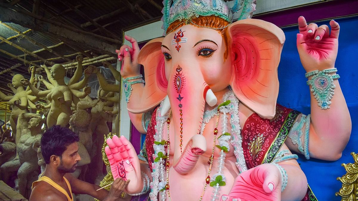 Here's How Indians Are Celebrating Ganesh Chaturthi Amid COVID-19