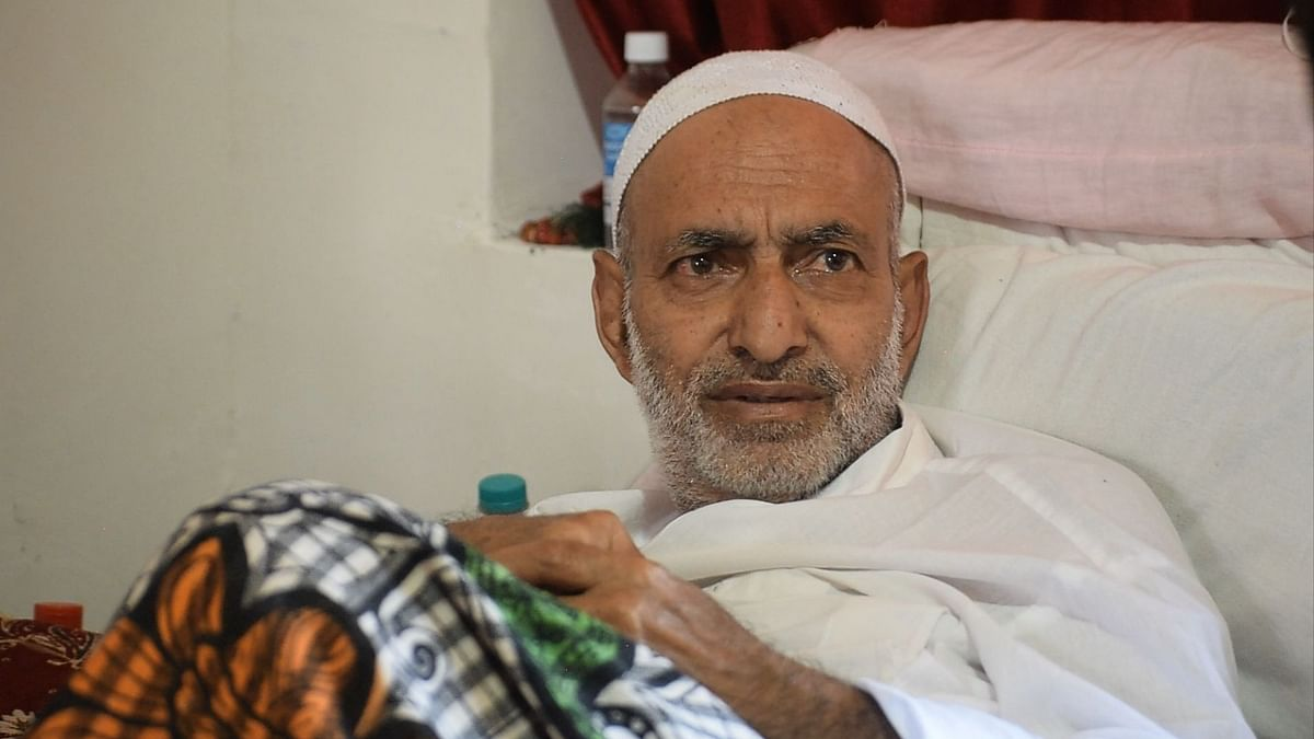 A Kashmiri Man Returns Home After 18 Years: What's His Story?