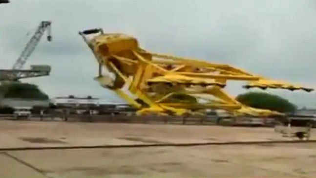 11 Dead as Crane Collapses at Hindustan Shipyard in Visakhapatnam