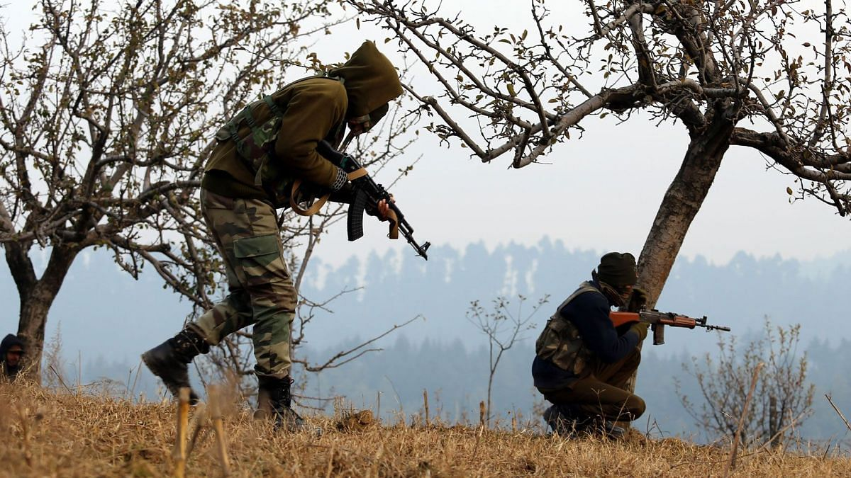 Three Militants & 1 Civilian Killed in Encounter in Srinagar
