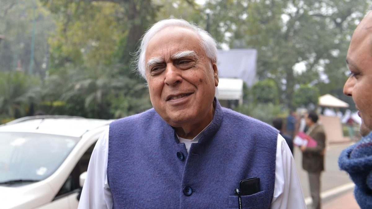 Amid Row Over Sibal's Remark on Polls, Congress Body to Meet Today