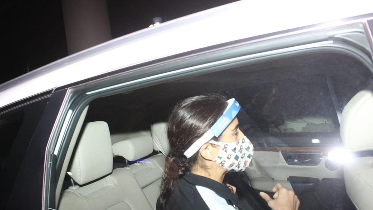 Sara Ali Khan arrives in Mumbai.