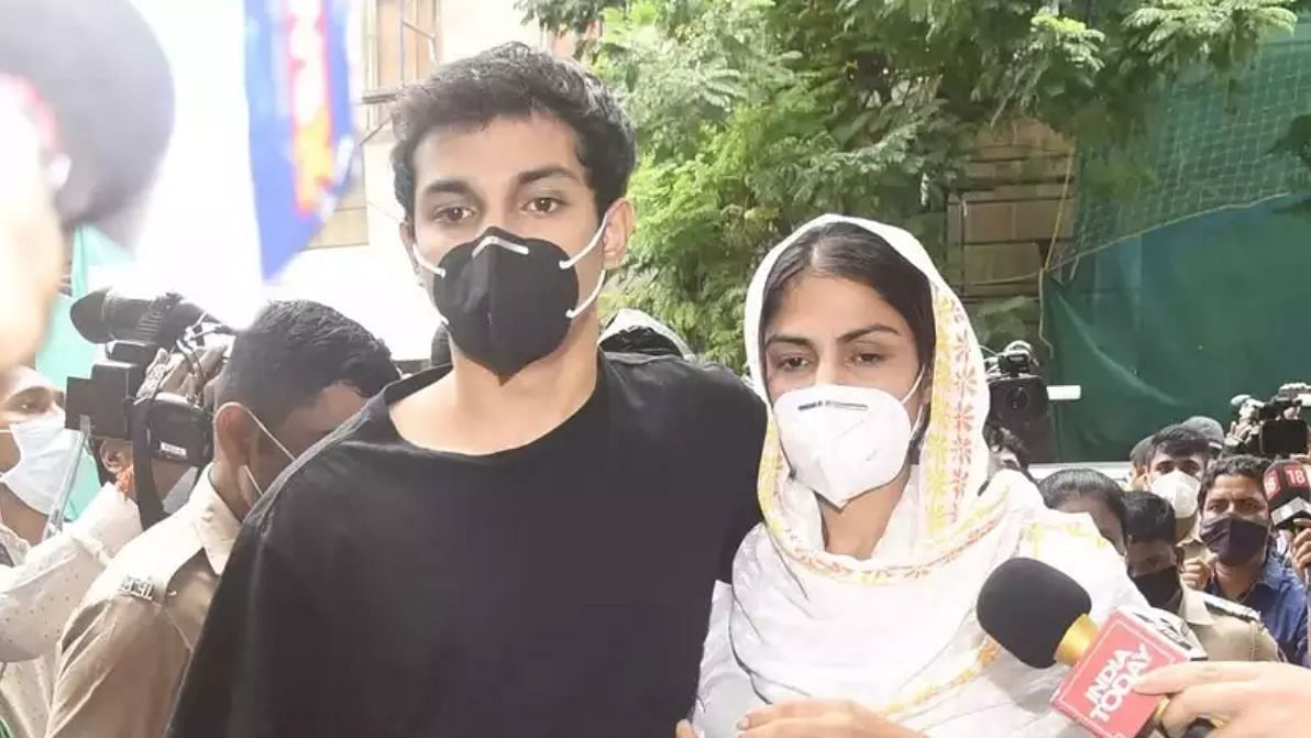 Bail application for Rhea and Showik to be heard on 10 September, says Rhea's lawyer Satish Maneshinde.