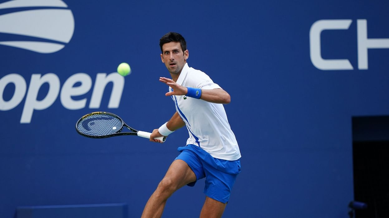 Watch Video Us Open 2020 Novak Djokovic Disqualified After Hitting Line Judge With Ball