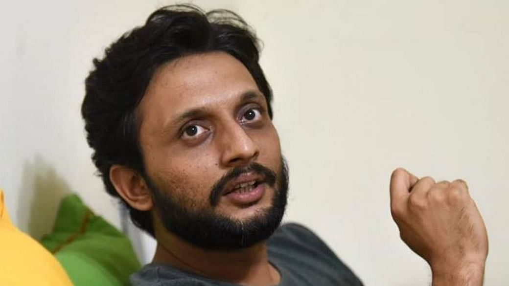 Zeeshan Ayyub Shares a Poem Extending Support to Umar Khalid