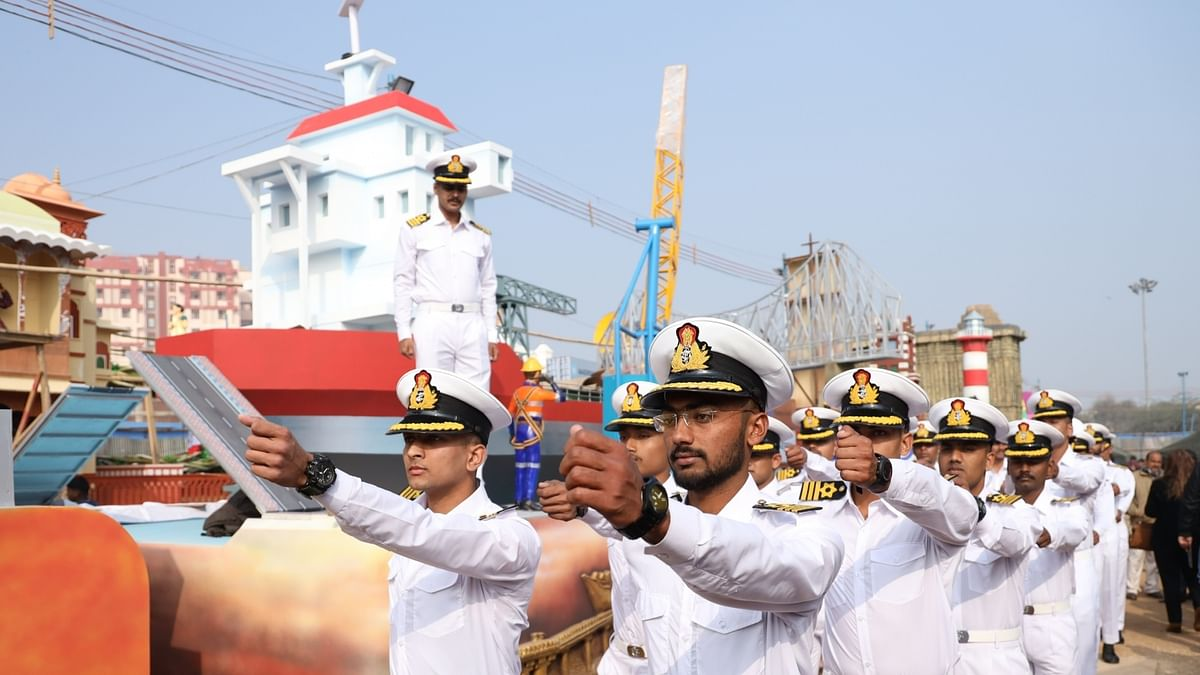 Indian, Aus Navies to Undertake Passage Exercises in Indian Ocean