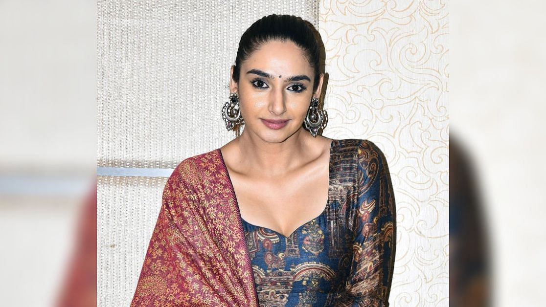 Kannada actor Ragini Dwivedi has been detained in a drugs case.