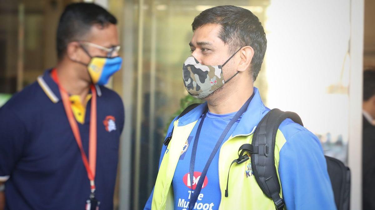 IPL Season Opener: CSK Reach Abu Dhabi to Play Mumbai Indians
