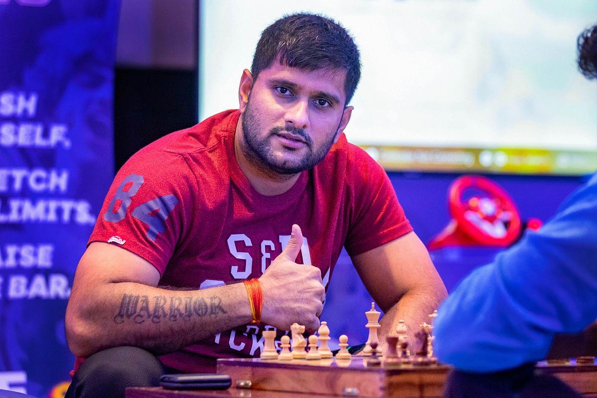 Jharkhand left-hand batsman Saurabh Tiwary enjoying his time at the Team Room.