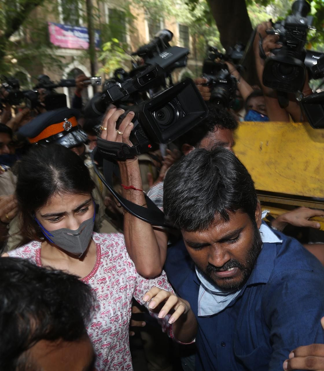 Rhea Ready For Arrest As This Is Witch Hunt, Says Her Lawyer