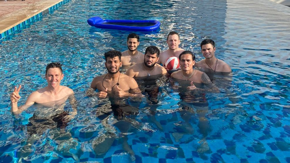 Arjun Tendulkar (Right) was spotted with the Mumbai Indians squad ahead of IPL 2020.