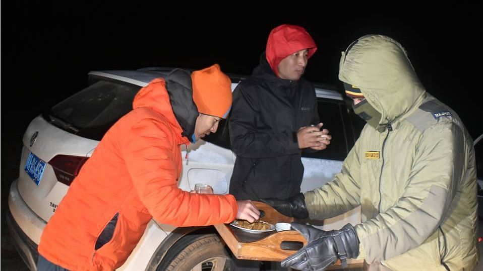 Indian Army Rescues 3 Chinese Citizens Stranded in Sikkim