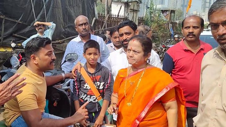 Mumbai Mayor Kishori Pednekar (centre) has tested positive for COVID-19